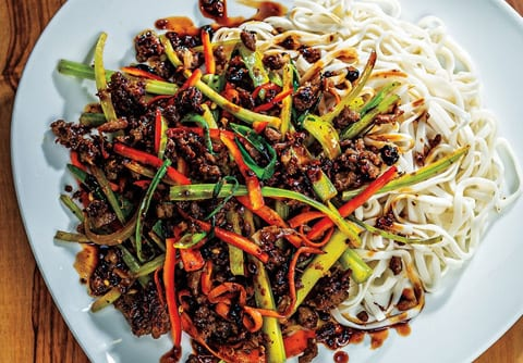 Szechuan style plant based stir fry plate, Sysco Simply