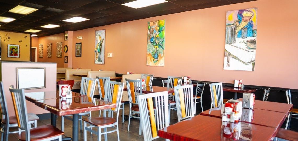 V's Kitchen Restaurant's indoor space