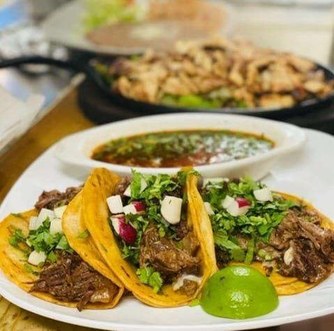 Taco plate from Taqueria Melecios